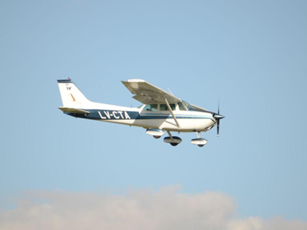 Cessna C172M. LV – CTA